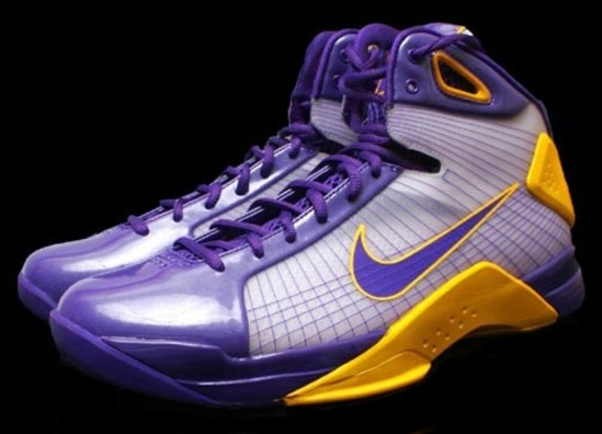 check out 71c04 56b40 Kobe Bryant Shoes Pictures  Nike Hyperdunk Kobe Bryant PE Lakers Edition  Picture 1