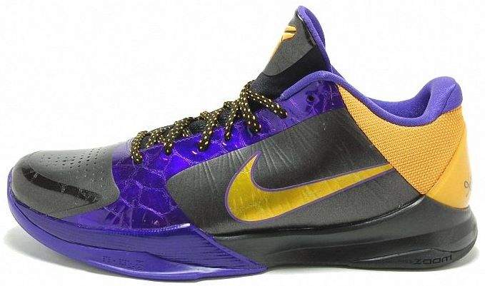 6b3da12ef8b9 Kobe Bryant basketball shoes pictures  Nike Zoom Kobe V 5 Lakers Edition in  colors black