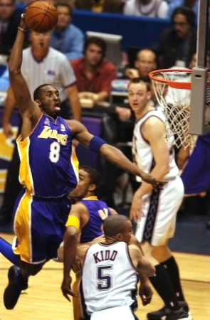 371b838e Lakers Universe - Kobe Bryant picture, Los Angeles Lakers vs. New Jersey  Nets. NBA Finals Playoffs 2002